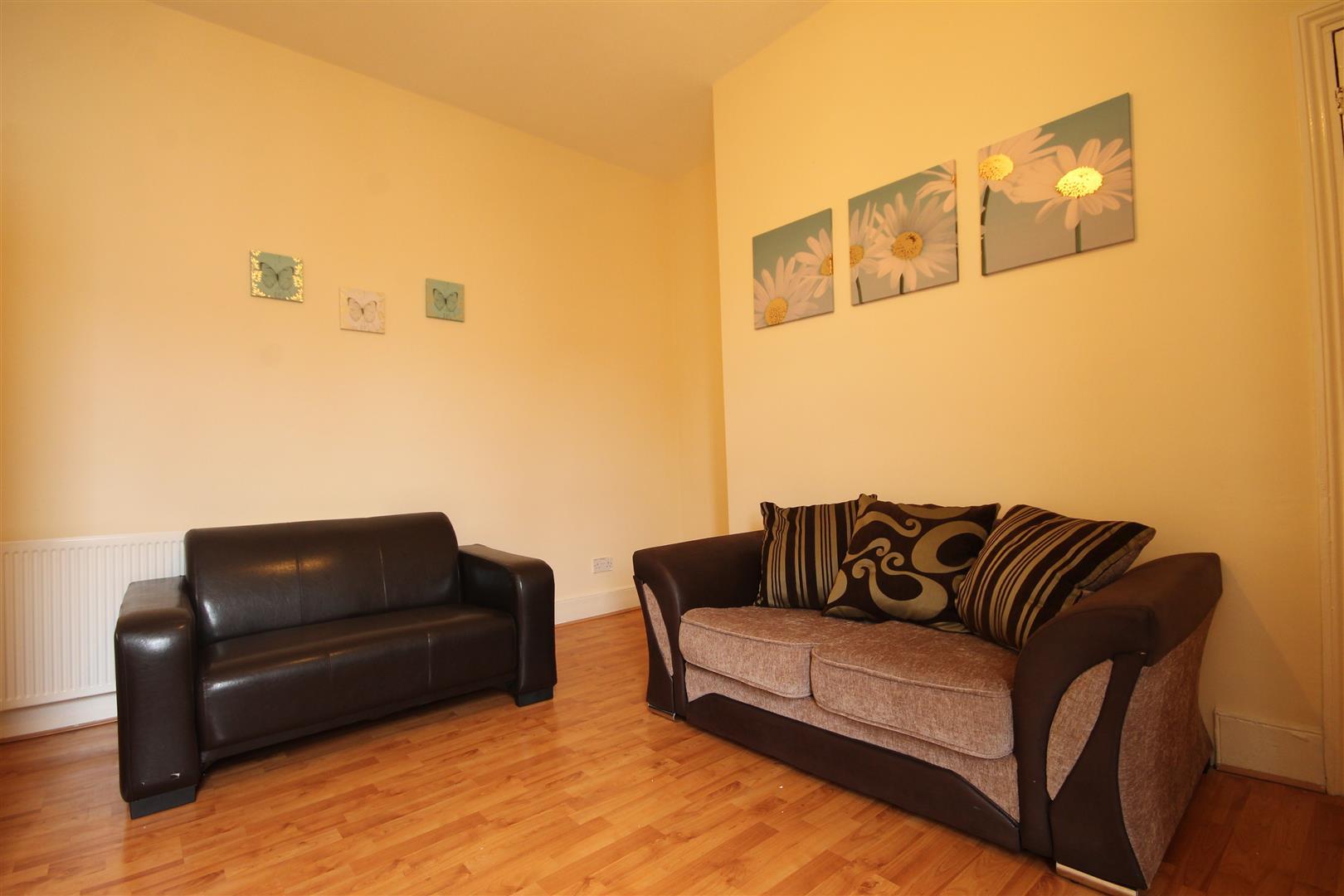 Mundella Terrace Newcastle Upon Tyne, 5 Bedrooms  Maisonette ,To Let